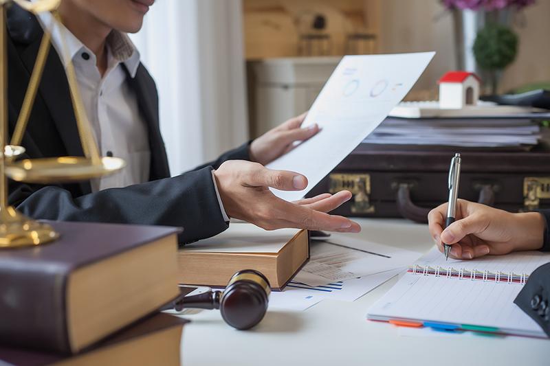 advogado-corporativo-curitiba-aconselhamento-juridico-estratégico